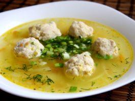 6 рецептов диетических куриных супчиков