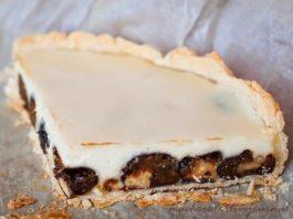 Сказочный пирог с черносливом и сметаной