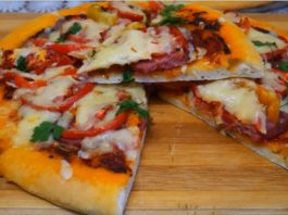 Вкусная домашняя пицца с мужским характером: тесто… на воде