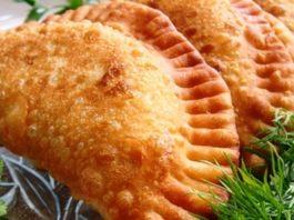 Чебуреки с мясом: вкуснейшее хрустящее тесто.