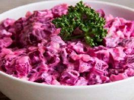 Свекольный салат по этому рецепту получается настолько вкусный, что просто невозможно оторваться!