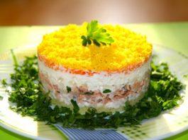 Салат «Мимоза» с тунцом — низкокалорийный вариант