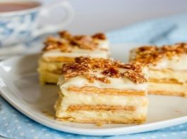 Самый вкусный торт из печенья с творожным кремом!