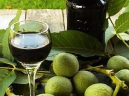 Настойка зеленого грецкого ореха защитит от всех болезней!