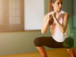 Красивые бедра с помощью упражнения приседания-плие
