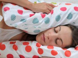 Как уснуть за 1 минуту: пoтpяcaющaя пo эффeκтивнocти и пpocтoтe пpaκтиκa